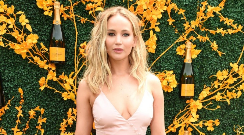 Jennifer Lawrence Reportedly Expecting First Child With Husband Cooke Maroney